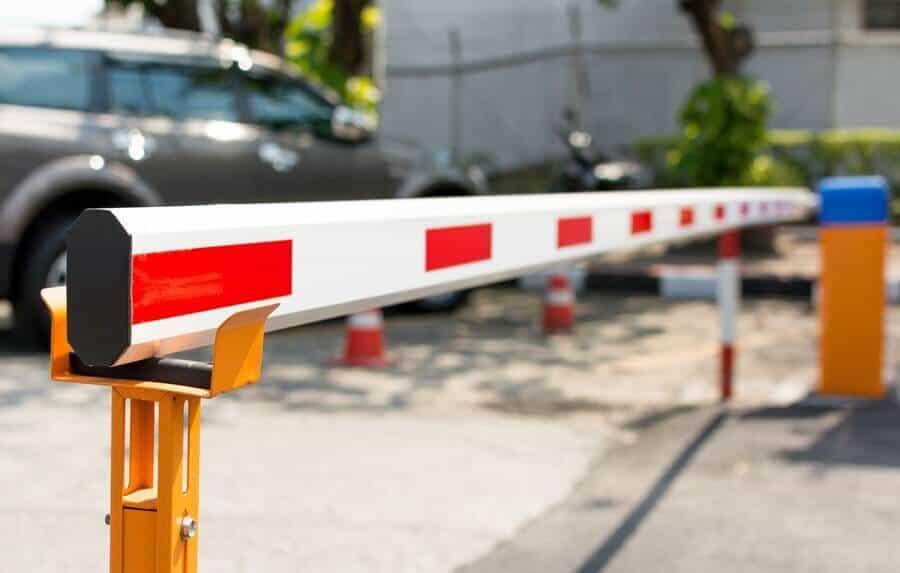 Γιατί να επιλέξω εμπόδια δρόμου & βυθιζόμενες μπάρες | Δ. Μενούνος